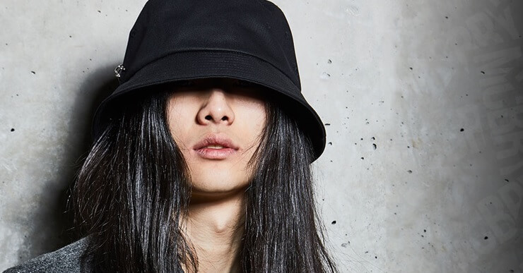 韓国アイドルのバケットハットのブランドはどこ?